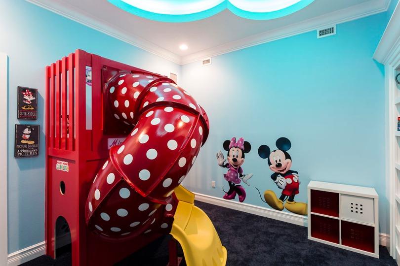 Playroom-2 Aqua