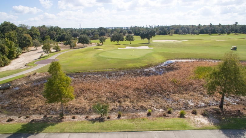 castle-pines-viewing-south-east-over-4th-green-nicklaus